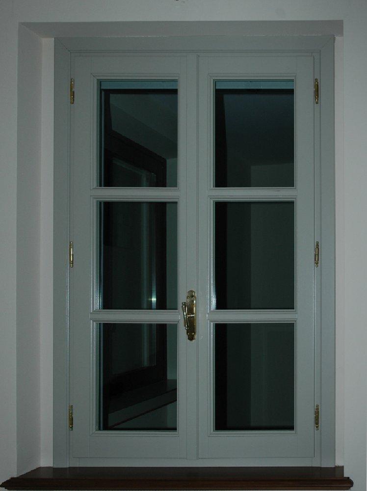 finestra-stile-antico